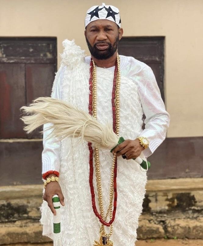 Omogoriola Hassan crowned Oba of Uba Imobi Kingdom